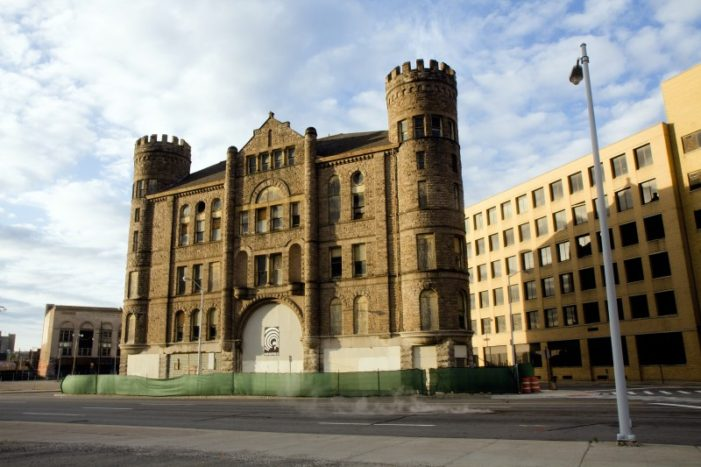 Castle building comes back to life downtown