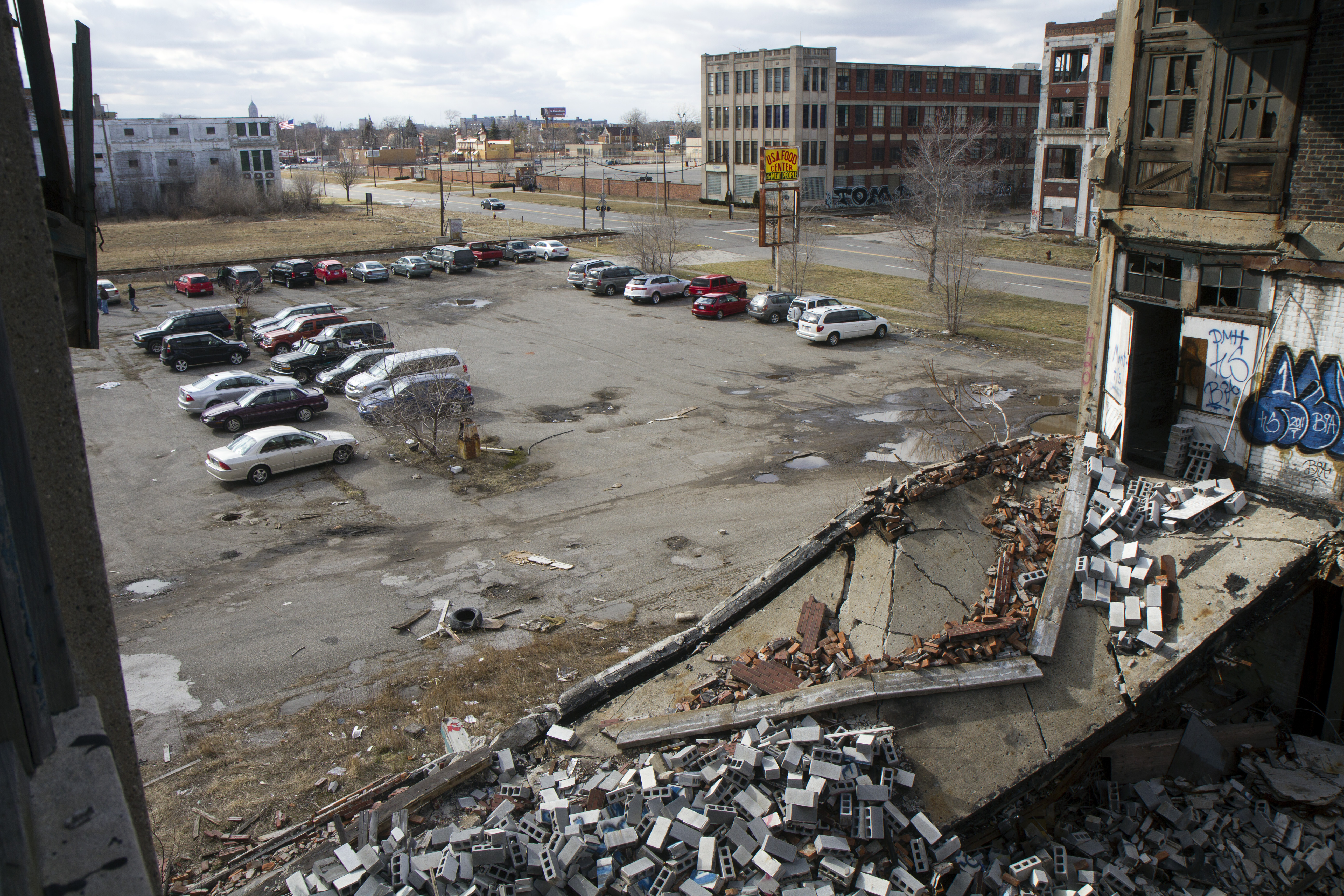 Part 1: Packard Plant becomes lawless wasteland; police hunt