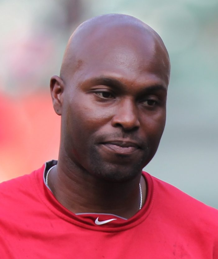 "Outfielder Torii Hunter signs 2-year deal with Tigers ""to win that ring"""
