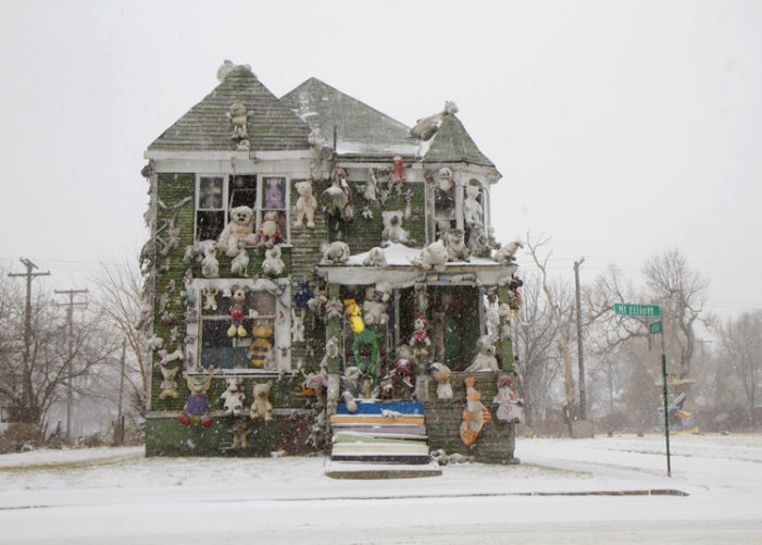 Arsonist burns down iconic Party Animal House at Heidelberg Project