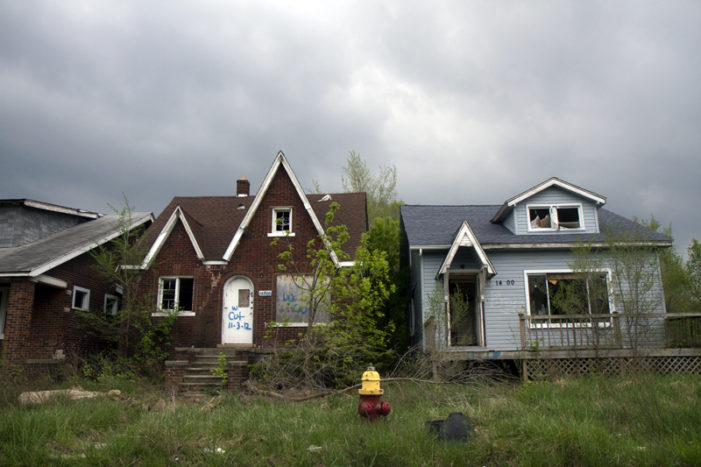 Cheap, vacant houses in Detroit attract foreign investors (Photos)
