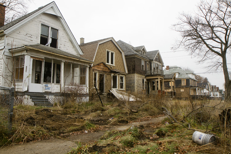 chinese investors start gobbling up cheap detroit houses