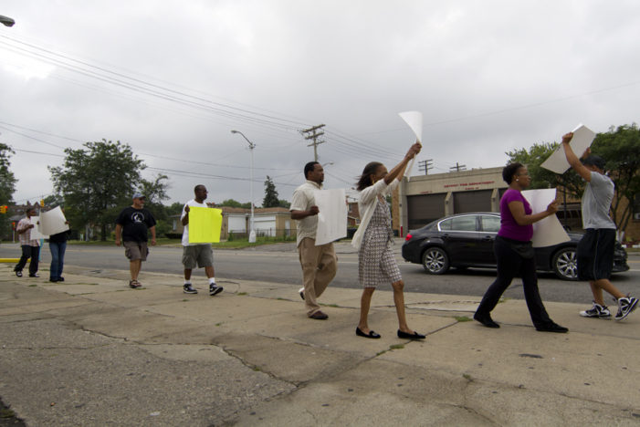 Protesters call for resignation of Detroit Fire Commissioner