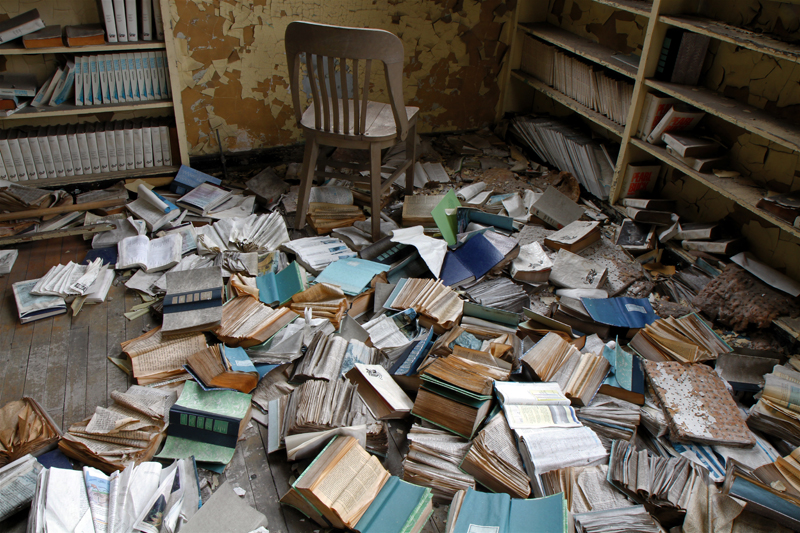 Thousands Of Books Discarded In Detroit Schools Libraries