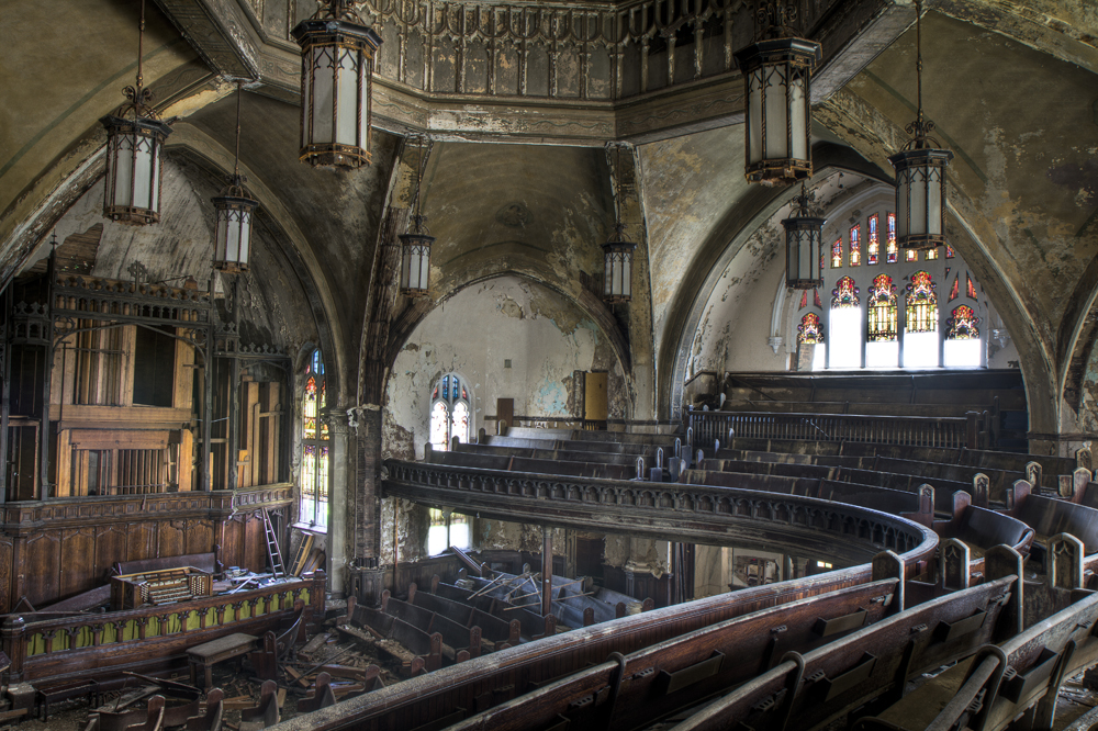 Woodward Avenue Presbyterian Church and its organ pipes on Woodward were heavily scrapped.