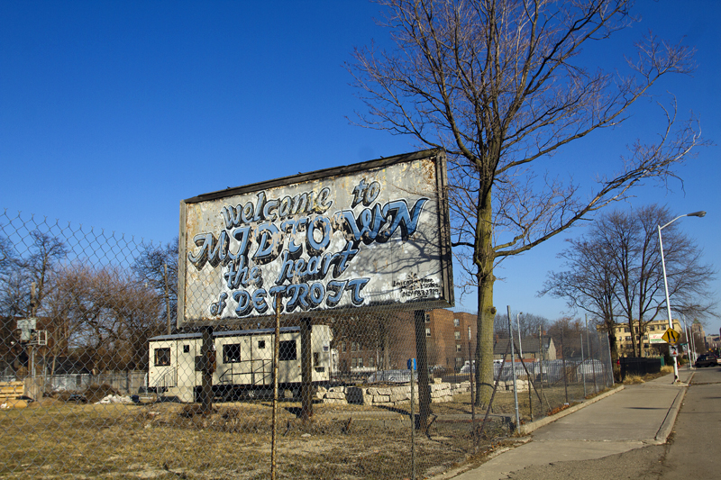 Graffiti-style billboard welcomes people to Midtown at Second and Alexandrine