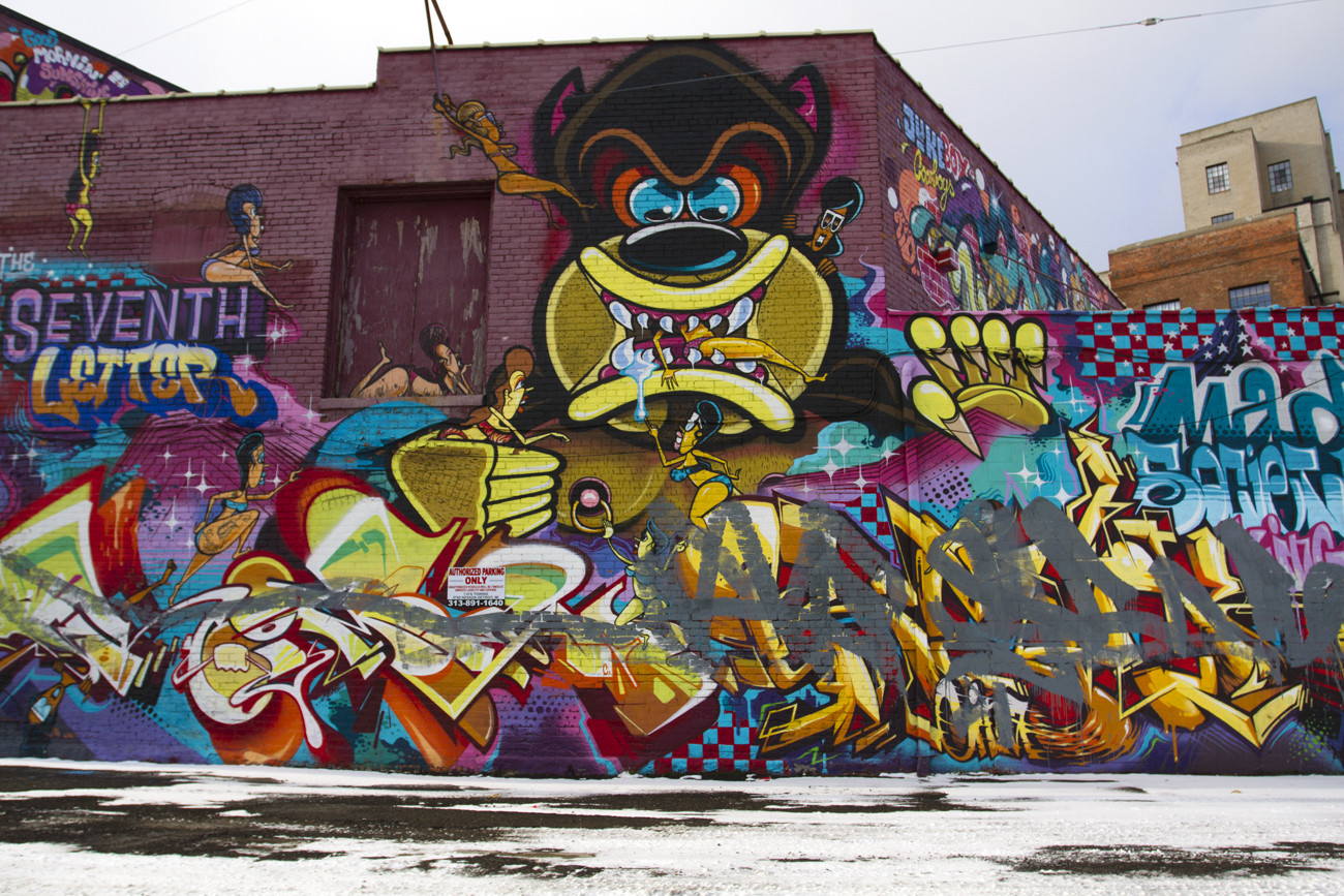 Graffiti 'war' between Sintex, out-of-towners turns ugly ...