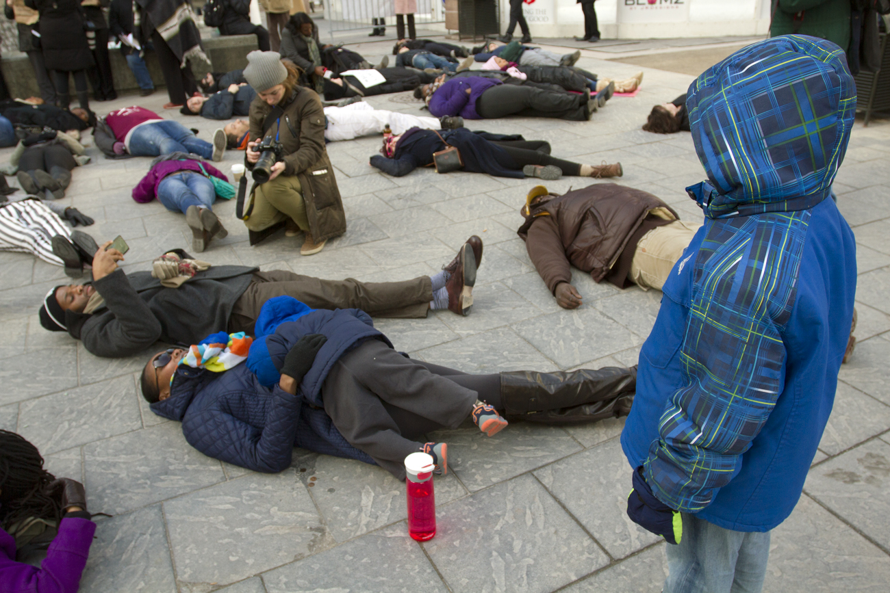 Photos 39 die in 39 rally in downtown detroit gives way to for Motor city pawn shop on 8 mile