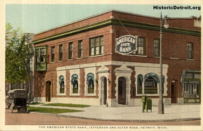 The building originally housed the American State Bank. Via HistoricDetroit.org.