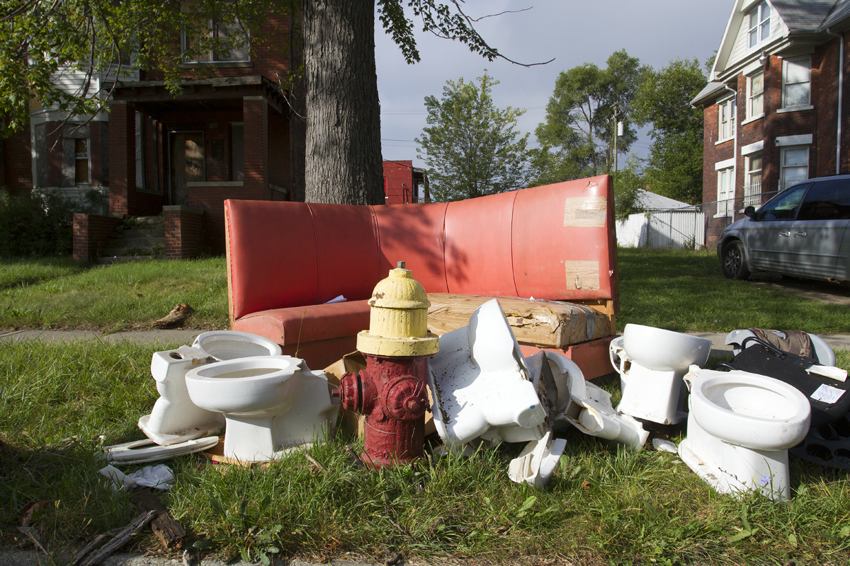 Dumping site on Detroit's east side. Photo by Steve Neavling.
