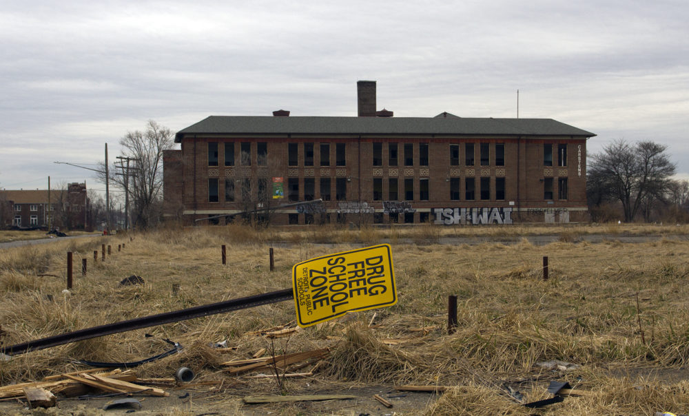 Carstens Elementary school closed in 2011. Photo by Steve Neavling.