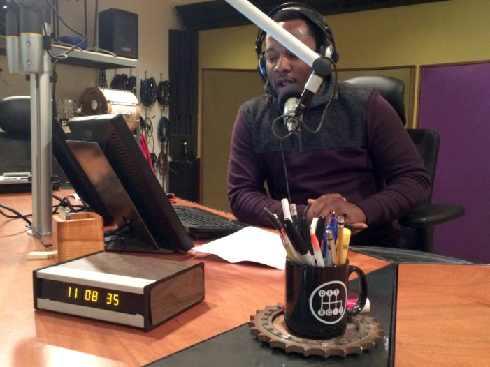 Influential journalist Bankole Thompson leaves WDET for new radio station