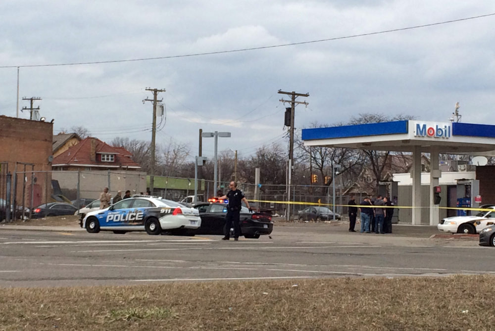 The scene of a shooting outside a Mobile gas station on Detroit's west side. Photo by Steve Neavling.