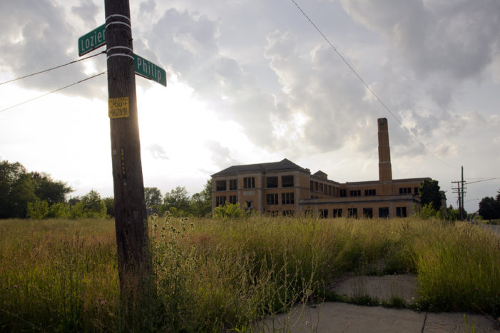Class-action lawsuit filed against Gov. Snyder over failing Detroit schools