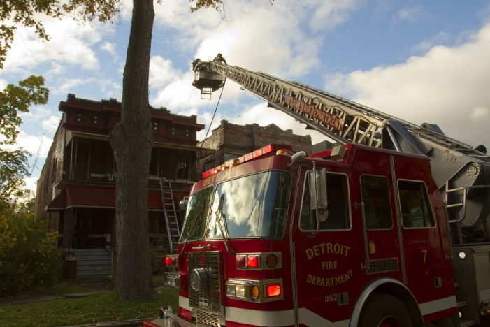 3 Detroit firefighters injured battling a multi-family house blaze