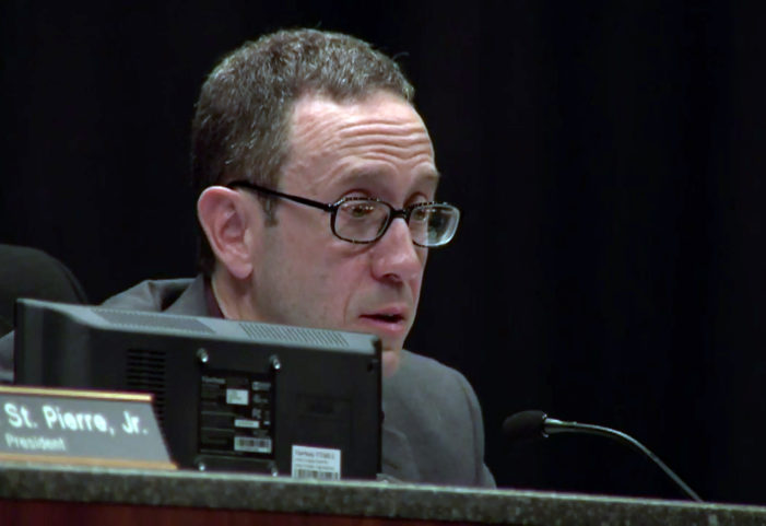Warren City Council lets Mayor Fouts off the hook, blames media