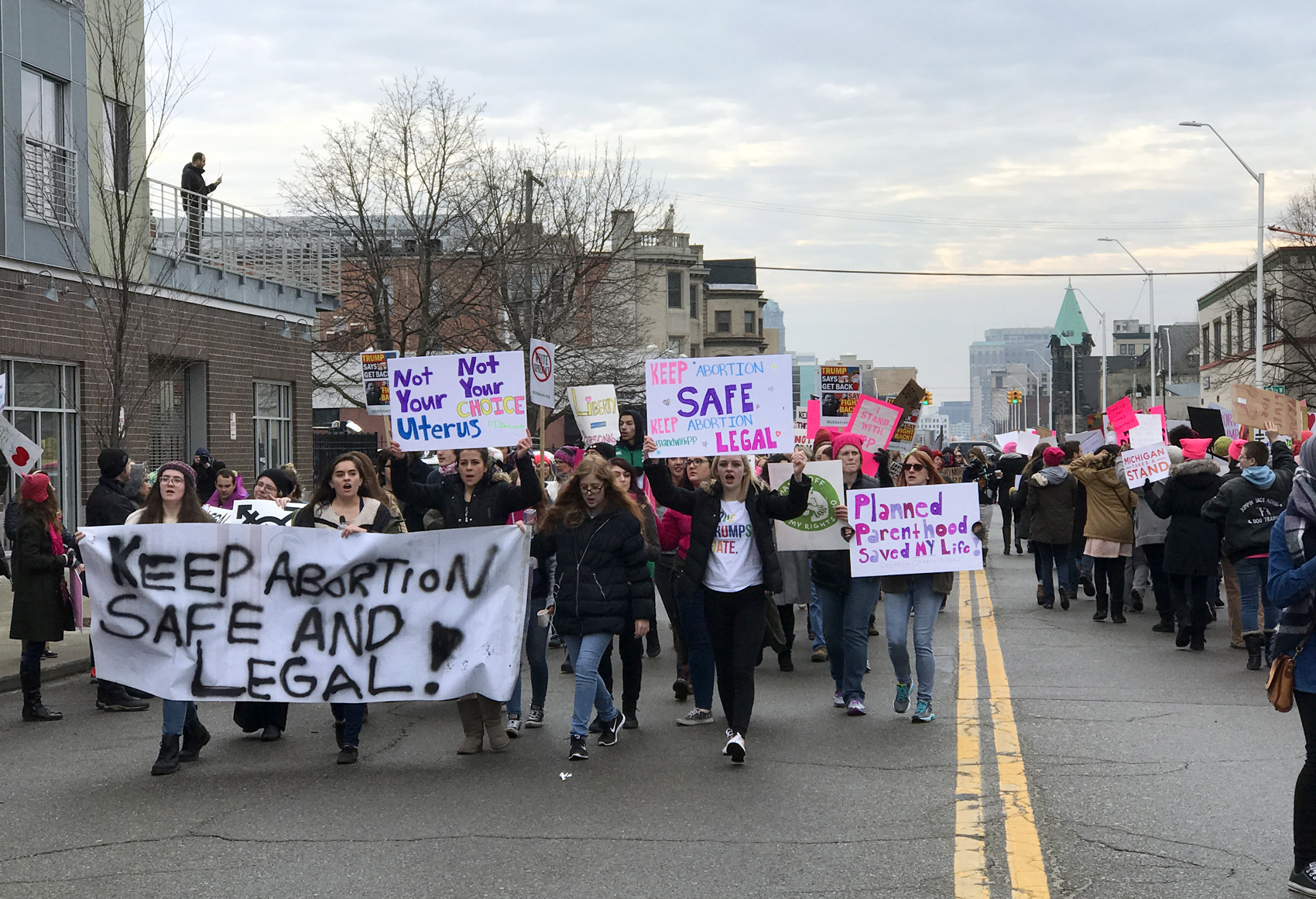 25 Photos Large Rally Erupts Outside Planned Parenthood