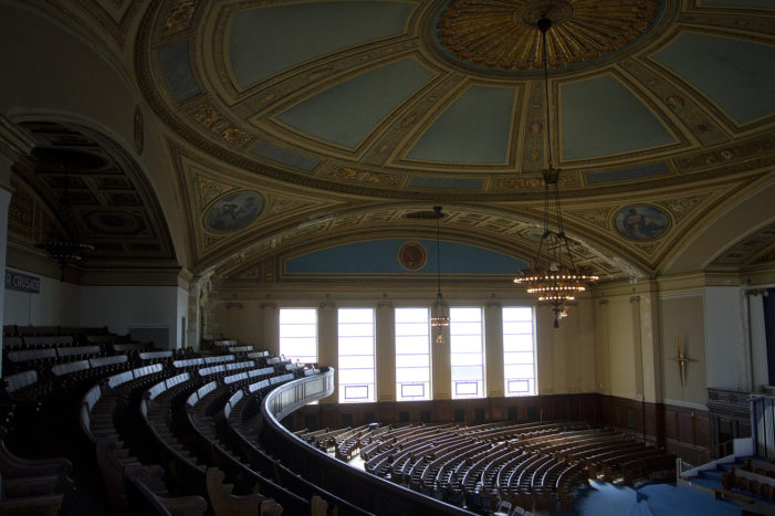 Jews and Christians unite to restore historic synagogue in Detroit
